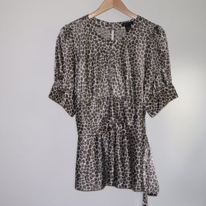 Safari Giraffe Print Tie Blouse XL